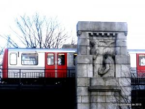 03_Relieff_Viadukt_Kuhmühlenteich_Hamburg