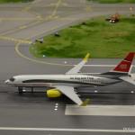 24_B737-800_ICE_MiWuLa_Flughafen