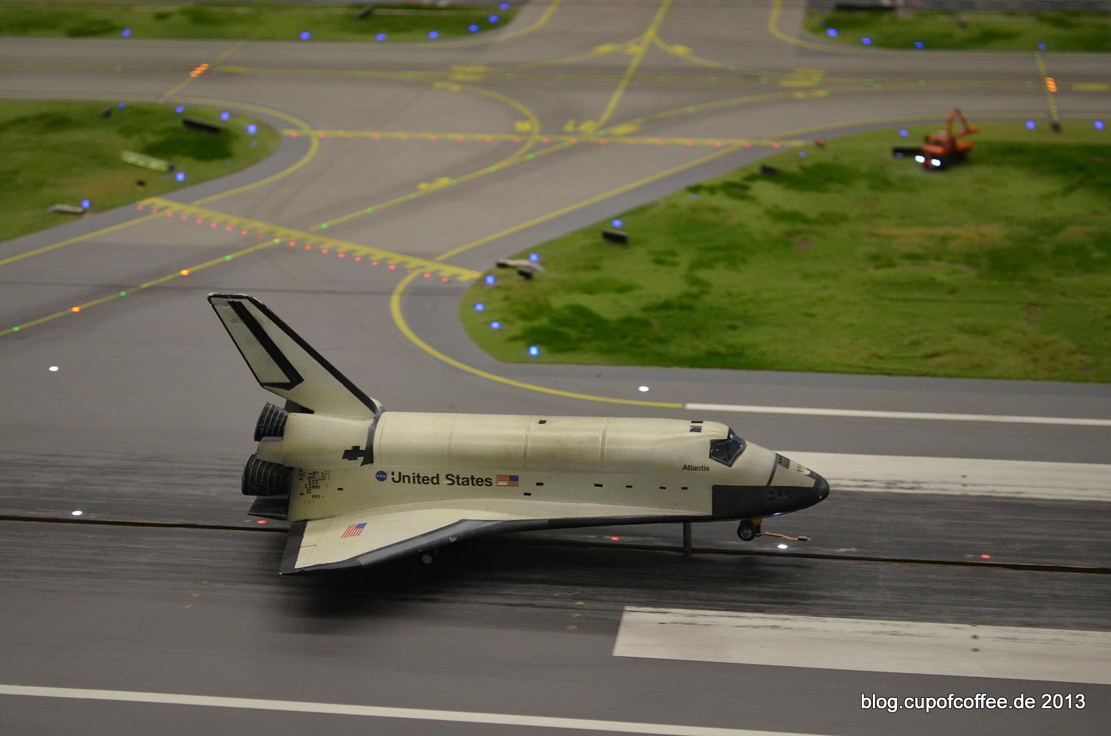Main Gear Touchdown at Knuffingen Airport.