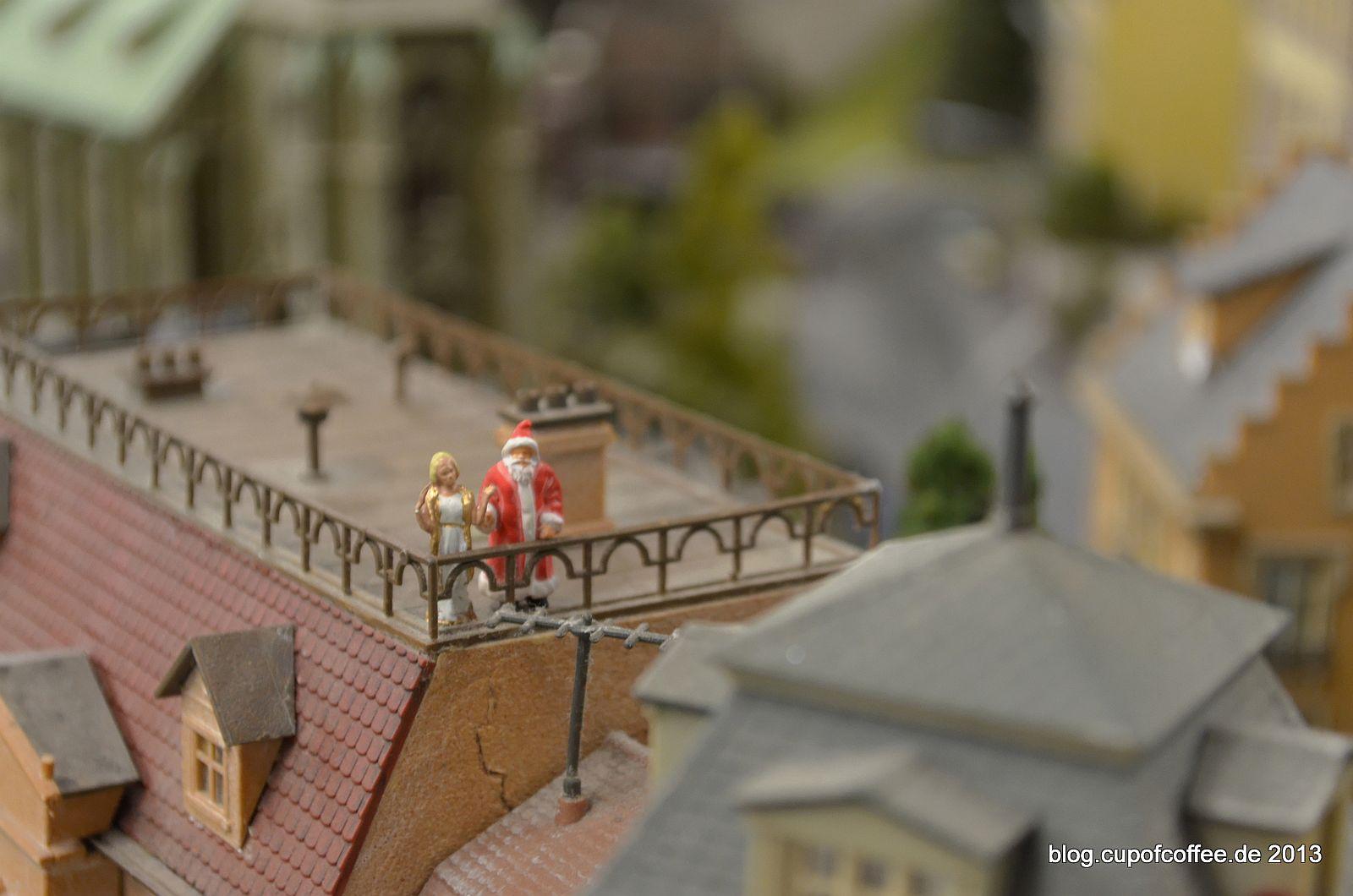 Nur kurz ist die Pause über den Dächern von Knuffingen.