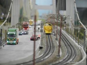 Die längste im Wunderland. 8 Meter mist die Storebeltbrücke.