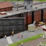 07_Binnenschiff_Ingrid_Schleuse_Miniatur_Wunderland