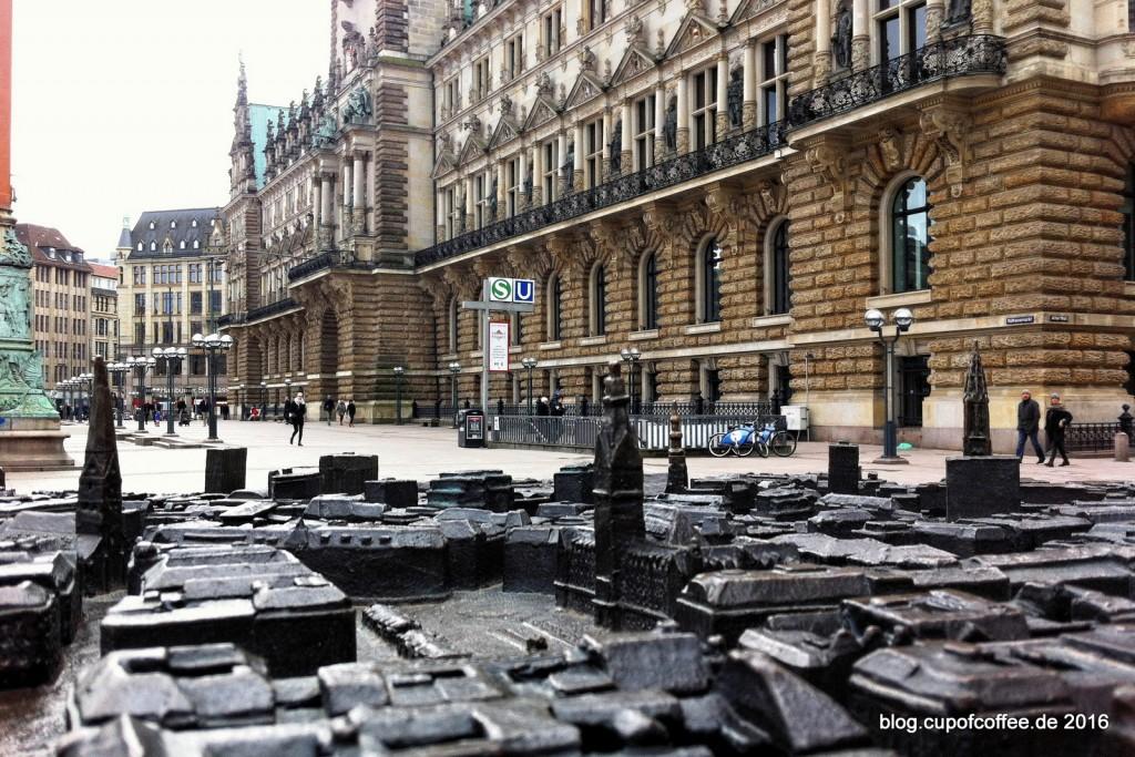 Blick auf den doppelten Rathausmarkt.