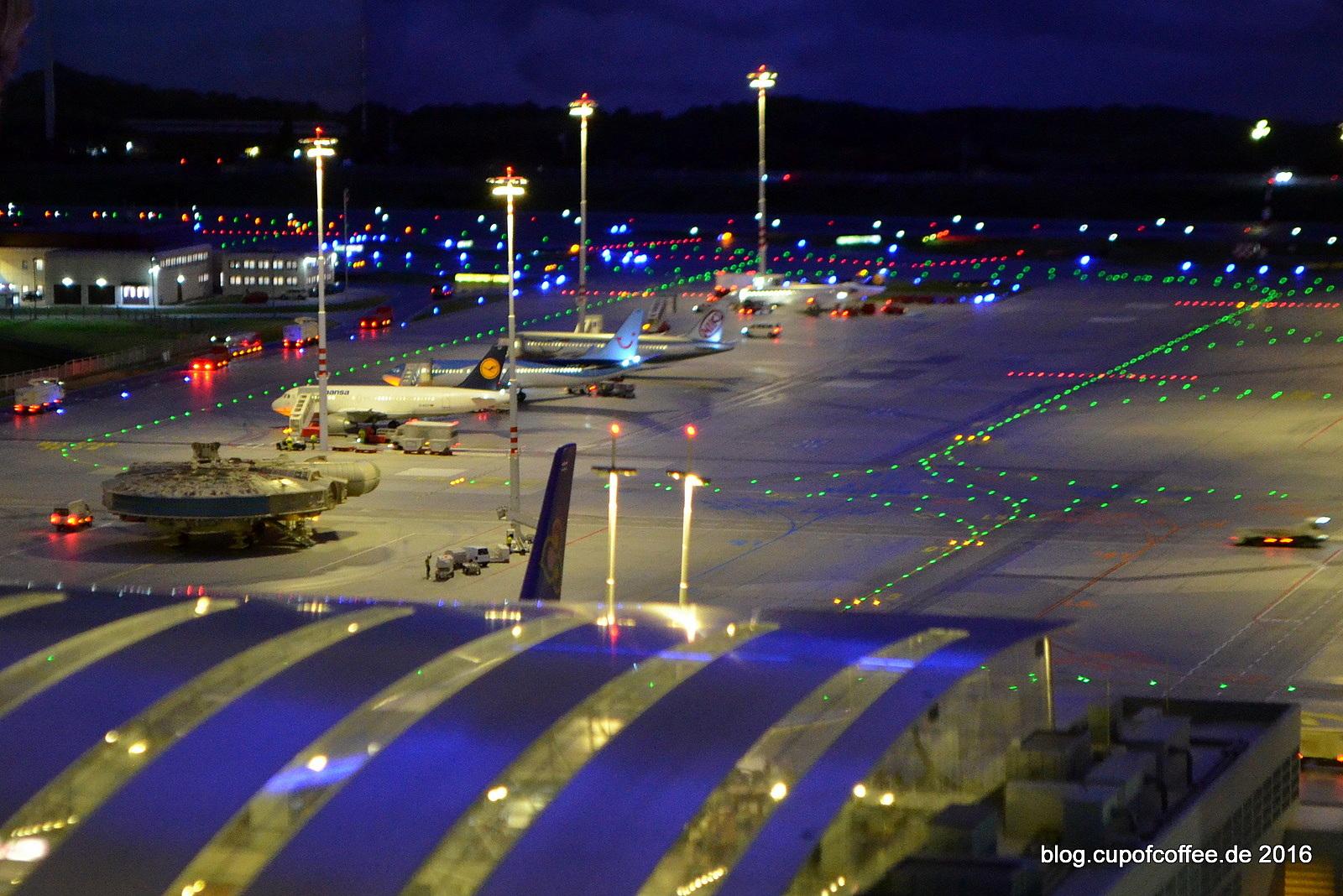 Wer parkt denn da auf dem Knuffinger Flughafen? :-)