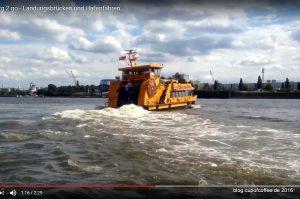 Hafenfähren auf der Elbe
