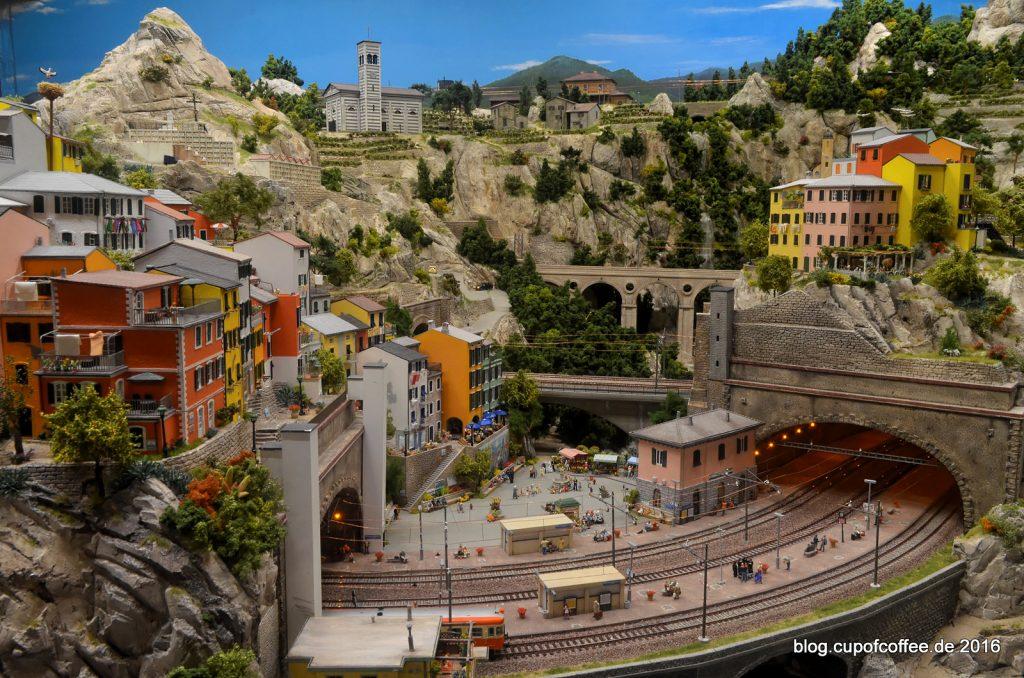 miniatur-wunderland-bella-italia-282-cinque-terre-riomaggiore-oktober-2016