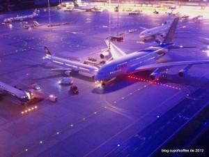 35_MiWuLa_Airport_A380