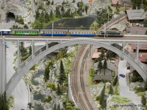 09_MiWuLa_Schweiz_Brücke