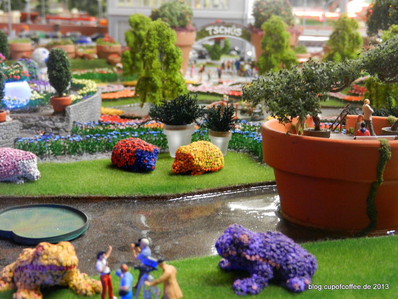 Der Miniatur Garten ist eine echte Spielwiese für die krativen Wunderläner Modellbauer.