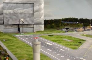 Spektakulär: Space Shuttle Atlantis setzt zu Landung an.