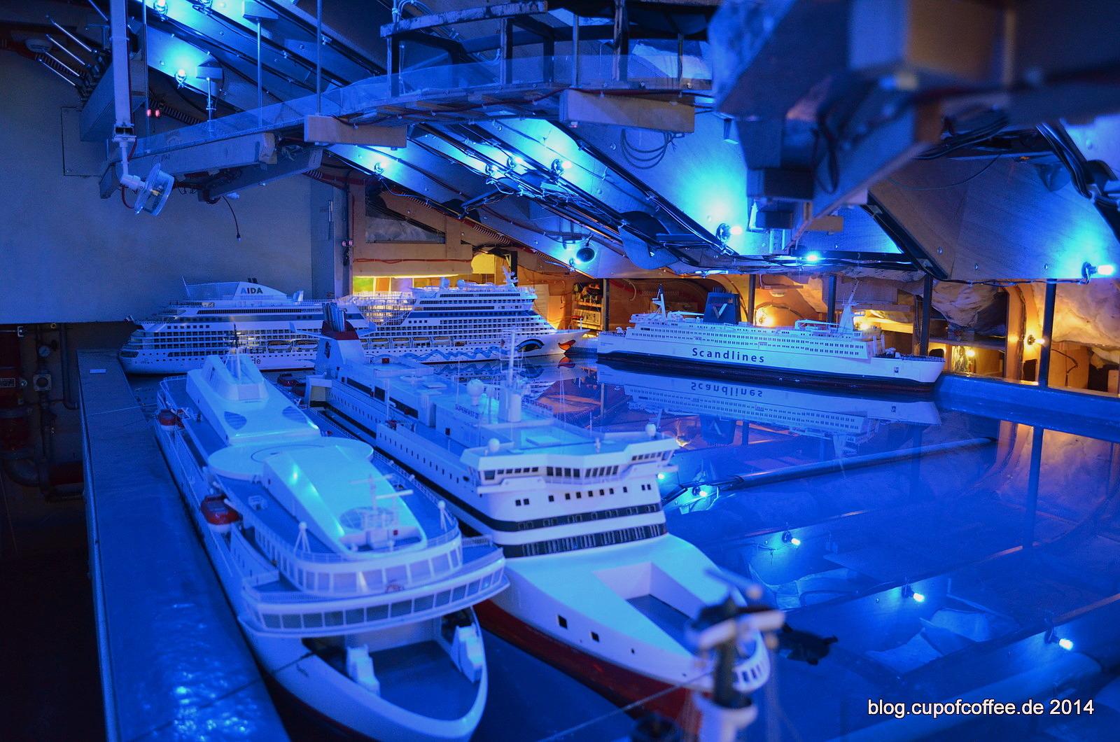Wo am Hafen, die Schiffe und die Fische...
