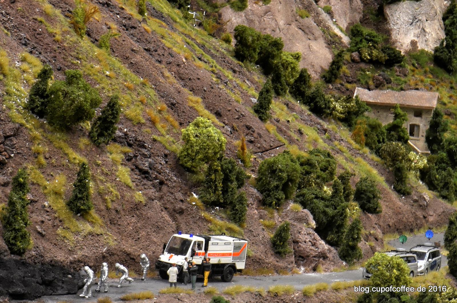 Feuerwehr am Hang des Vesuvs.